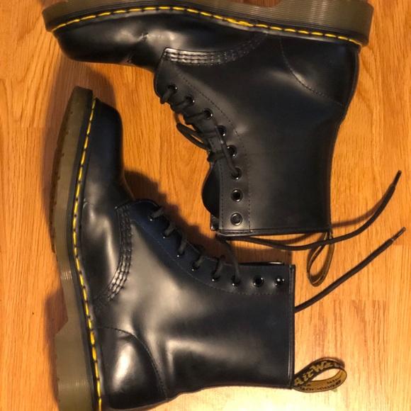Dr. Martens Shoes - original doc martens 86c8da0e72